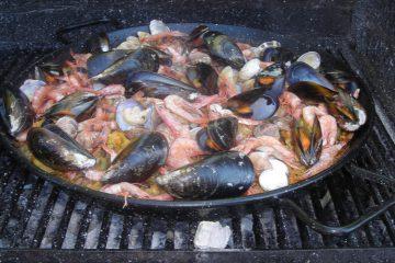 Paella carne marisco - Wikicocina