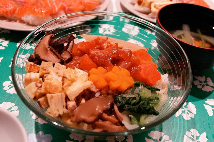 Todo sobre el sushi chirashizushi