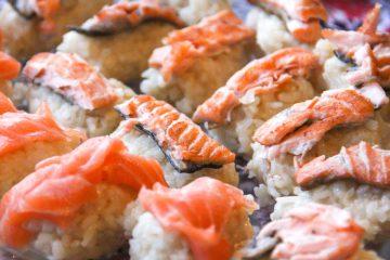 Receta nigiri sushi piel salmon - Wikicocina