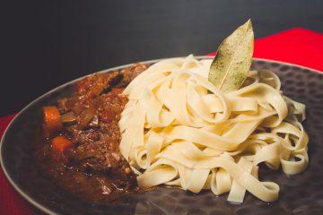 Receta pasta fettuccini estofado - Wikicocina