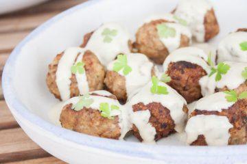 Albondigas con almendras en salsa gorgonzola