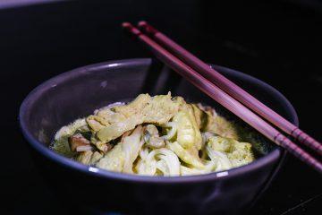 crema-de-fideos-chinos-con-pollo-y-almendras-2