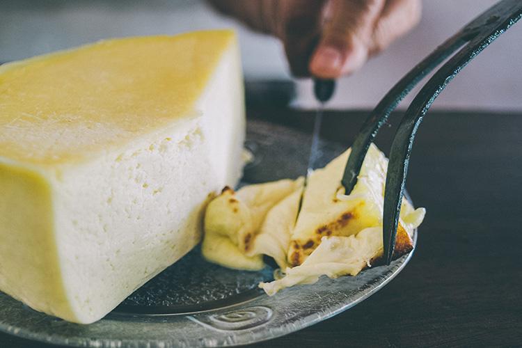 rabillo-a-la-brasa-queso-2